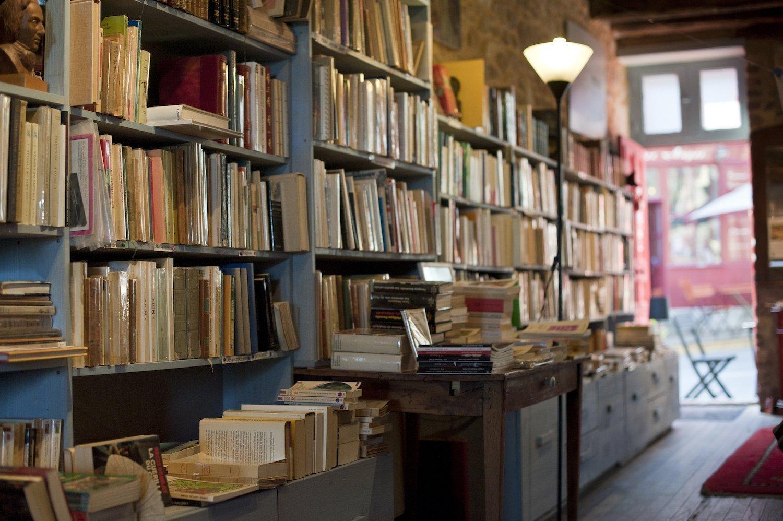 Bookstore in Bécherel