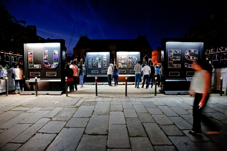 En exhibition on the Parliament's place