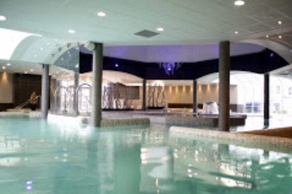 piscine-bassin-eau