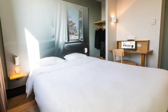 chambre-grand-lit-908
