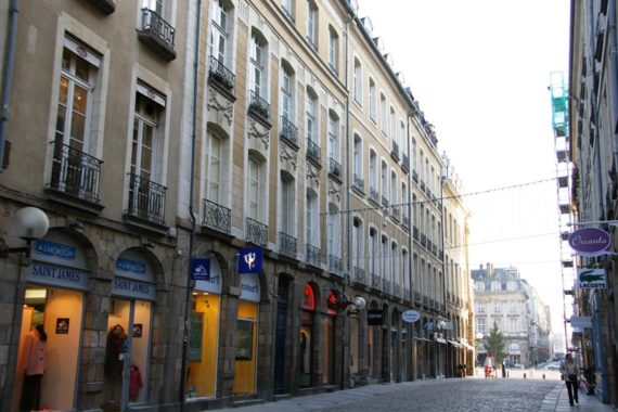 dr-rue-nationale-1090