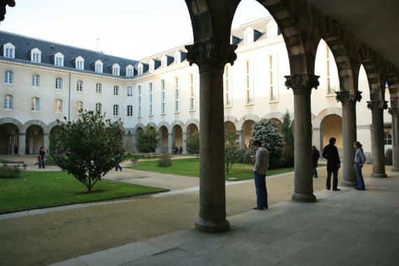 facultes-sciences-economiques-rennes-1-d-gouray-1