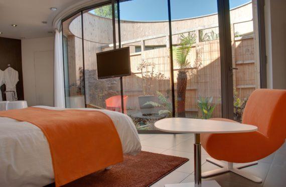 les-patios-chambre-hotes-1.jpg