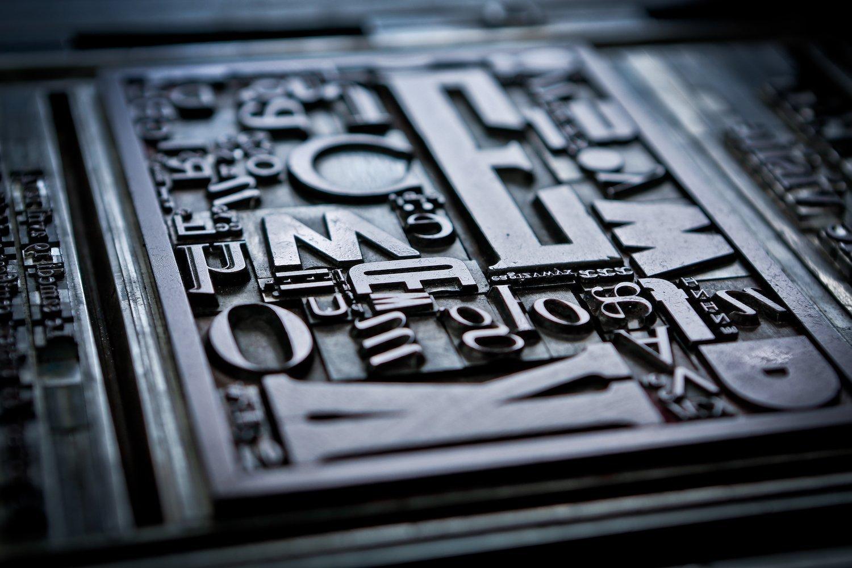 Typography in Bécherel