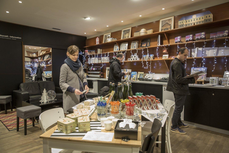 Boutique de l'office du tourisme de Rennes