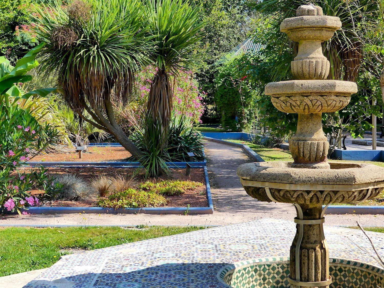 Moroccan garden in Chapelle-des-Fougeretz
