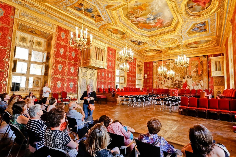 La tapisserie du mariage d'Anne de Bretagne retrouve sa place au Parlement de Bretagne