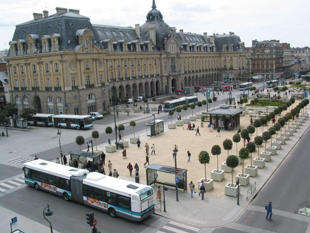 Travelling By Bus And Metro In Rennes Tourist Office