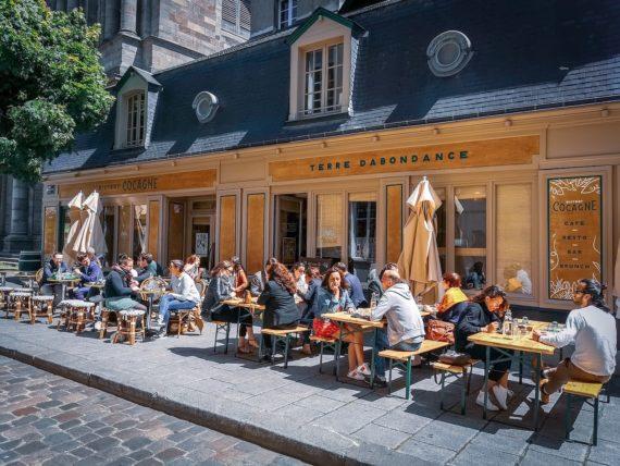 bistro-cocagne-proche-de-la-cathedrale-belle-terrasse