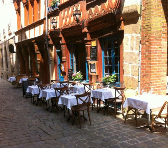 cadre-medieval- restaurant-traditionnel-gastronomique