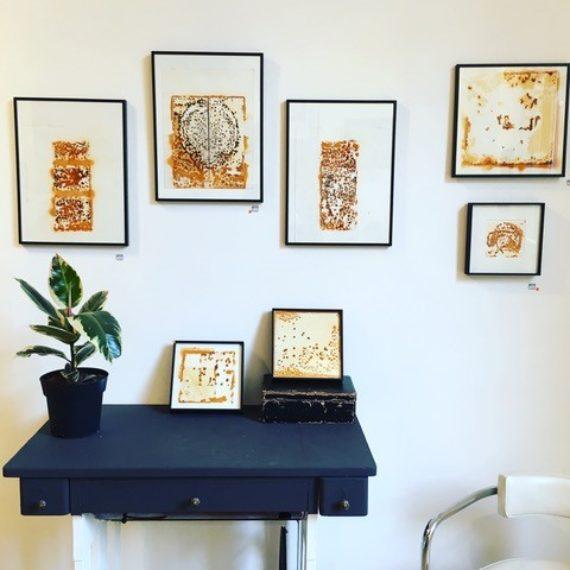 Exposition de tableaux contemporains