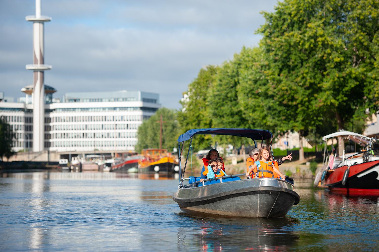 En bateau électrique sur la Vilaine