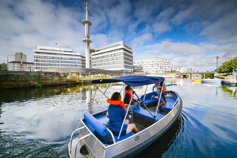 Location de bateau électrique sans permis à l'Embarcadère