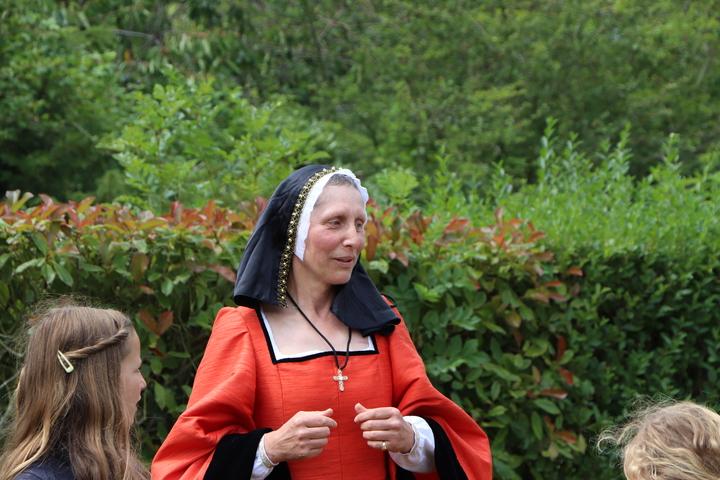 Visite costumée en nocturne sur le thème d'Anne de Bretagne