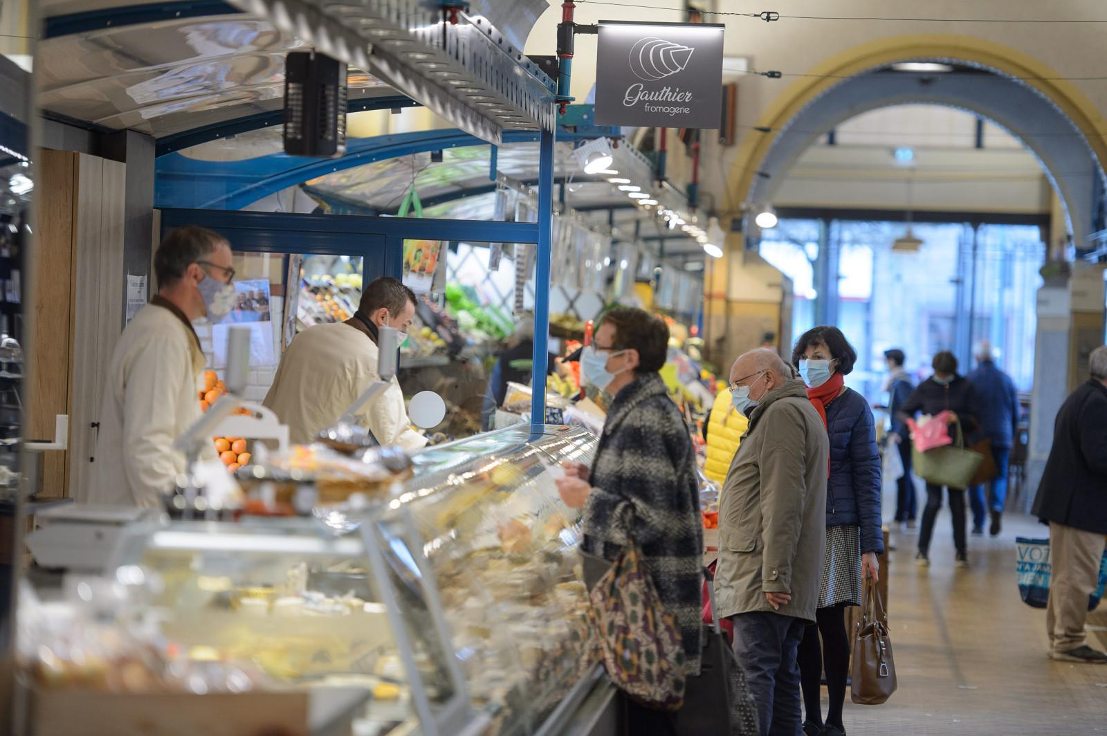 Dans les Halles marché central à Rennes
