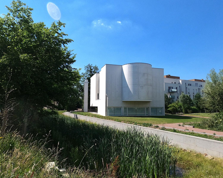 La iglesia de la Anastasis de Saint-Jacques-de-la-Lande
