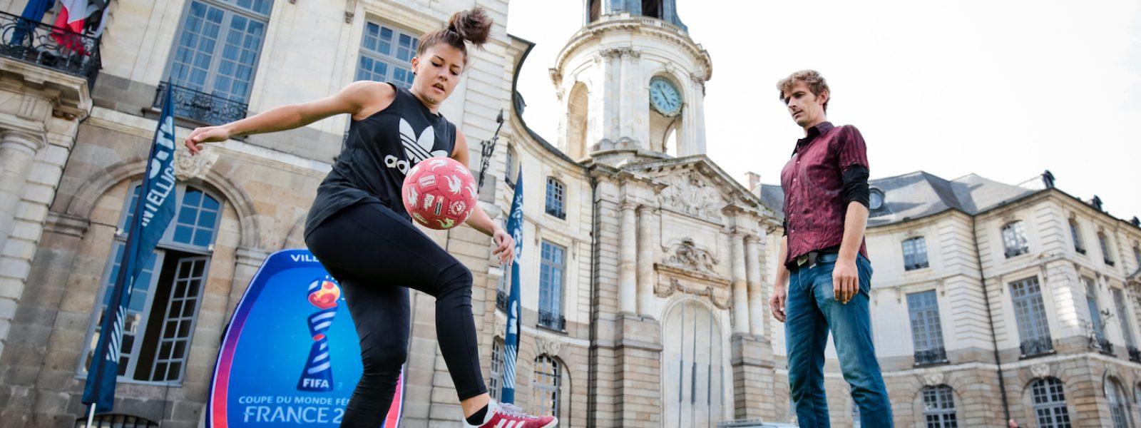 Conférence de presse à l'hôtel de ville pour le lancement de la coupe du monde de football féminin 2019 à Rennes.