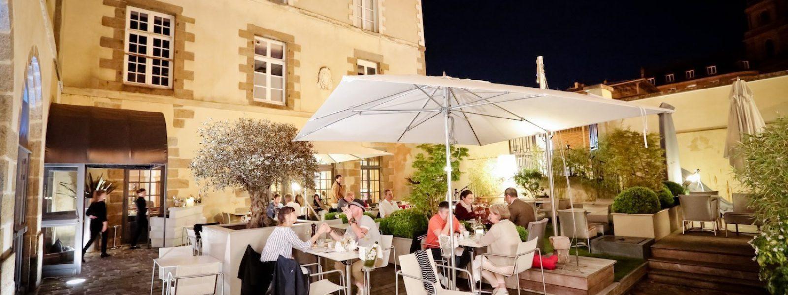 La terrasse du restaurant le Carré