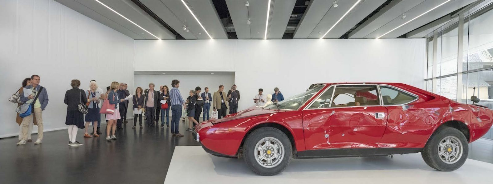 Debout! exposition de la collection Pinault
